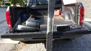 for sale I have a dodge ram stereo cd for 2004 for and up its li Windsor Region Ontario image 4