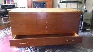 Cedar chest Kingston Kingston Area image 4