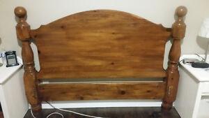 Solid Wood Headboard Kitchener / Waterloo Kitchener Area image 1