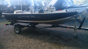 Legend 14 Prosport Tiller with an electric start 20 HP Mercury