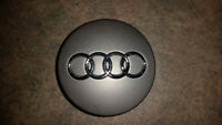Set of 4 brand new AUDI Center Caps made in Germany
