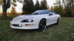 1995 Chevrolet Camaro Z28 T-Top, 6-speed, 69K ORIGINAL KMS