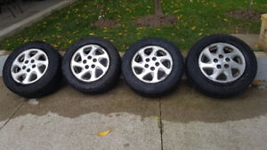 Toyota Camry 5x114.3 Original Alloy Rims and Tires