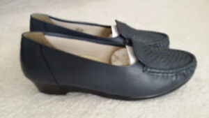 Women's Softspots Shoes, Size 12WW