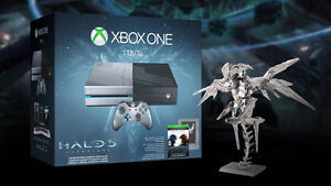 1Tb Halo 5 Limited Edition Xbox One with custom design.
