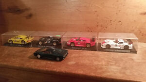 Extremely Large Strombecker Slot Car Set With, x4 Fly slot Cars