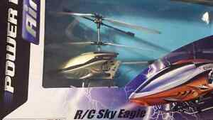 SilverLit Wireless Remote Control Helicopter - R/C Sky Eagle