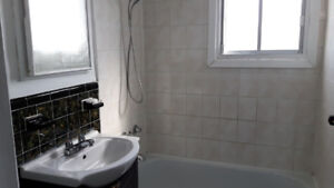 4 1/2 A Louer/For Rent