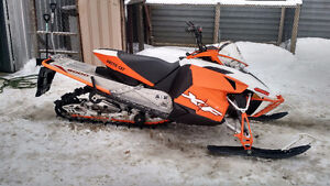 2014 8000 XF 137 SNO PRO ONLY 2586 KLMS