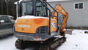 2004 Daewoo 55 v excavator  with foresty harvester abro head
