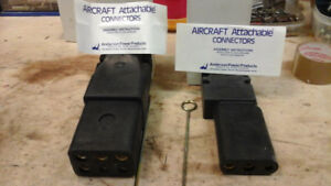 Aircraft ground equipment connectors and plugs