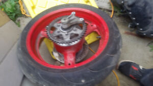 1993-98 GSXR1100 1995 part out. .trades possible