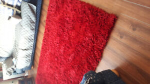Red shag rug for sale..70 dollars