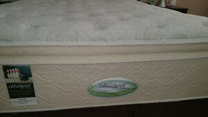 Soft Queen size with springbox - Beautyrest - by Simmons