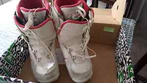Women's size 10 snowboard boots Prince George British Columbia image 1
