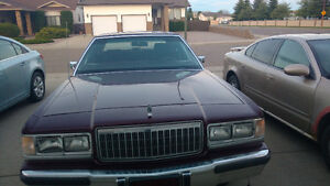 1989 Ford Grand Marquis Rouge Other