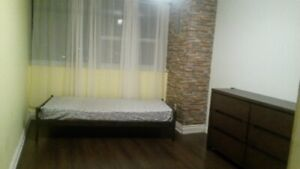 Bright and spacious room for rent