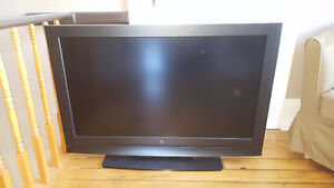 "42"" Westinghouse Flat Panel TV- W4207"