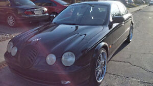 2001 Jaguar S-TYPE 4.0 Sedan ** COMES SAFETY AND E TESTED**
