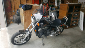1984 Honda Shadow 500cc  $2000obo