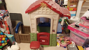 Little Tikes Playhouse with stool and kitchen sink