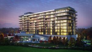 Condo building in middle of Golf Course Niagara Falls