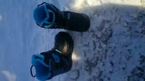 kids Burton snowboard boots Peterborough Peterborough Area image 1