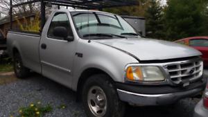 2002 Ford F150 XL truck