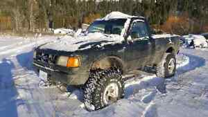 93 ford ranger lifted on 35s
