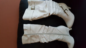 White boots size 6