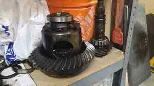 GM 10 bolt axle housing and gears Peterborough Peterborough Area image 3