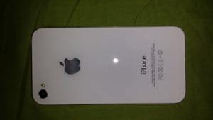 IPhone 4s 16g 9/10 Lock to Bell