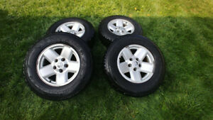 Dodge Tires on Rims - LT265 / 70 R17 M+S