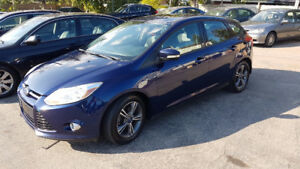 2012 Ford Focus SE Hatchback IN MINT CONDITION