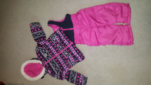 18 month osh kosh snowsuit EXCELLENT CONDITION