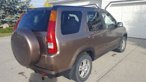 2002 Honda CR-V has RC tow bar and is flat towable