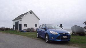 2013 Ford Focus SE Hatchback 14000 km