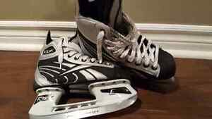 Boys ice skates - sz 2 Kitchener / Waterloo Kitchener Area image 4