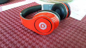 Red Studio Beats by Dr Dre EXCELLENT CONDITION London Ontario image 2