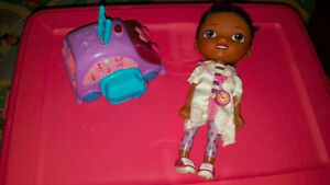 Doc Mcstuffins and the DocMobile