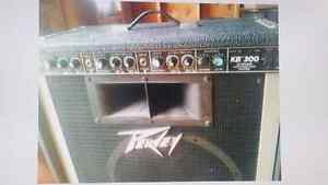 PEAVEY KB-300 Amp 150 Watts RMS Amplifier w/Black Widow speaker