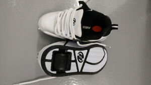 New, Roller Skate Shoes