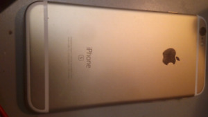 iPhone 6s 9/10 condition 32 gb rogers/ chter