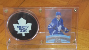 AUSTON MATTHEWS CLEAR CUT WITH PUCK AND HOLDER
