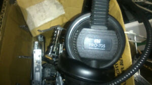 DBI Pro705 headphones black with 1/8 inch jack $200 +tax new 514