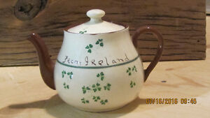 Irish Carrig Vintage Teapot