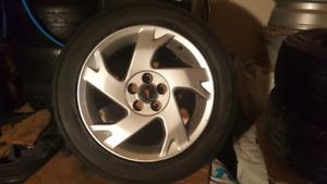 4 Mag Toyota Matrix-Corolla-Vibe pneu d'ete 205 55R 16