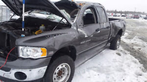 2003 dodge ram 2500 5.7 hemi 5 speed manual parting out