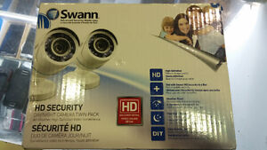 security cameras 2 swann in box