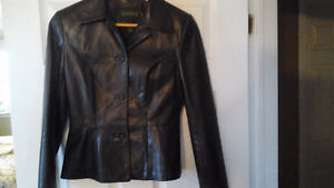 Leather jacket and skirt, Danier, new condition Kawartha Lakes Peterborough Area image 7